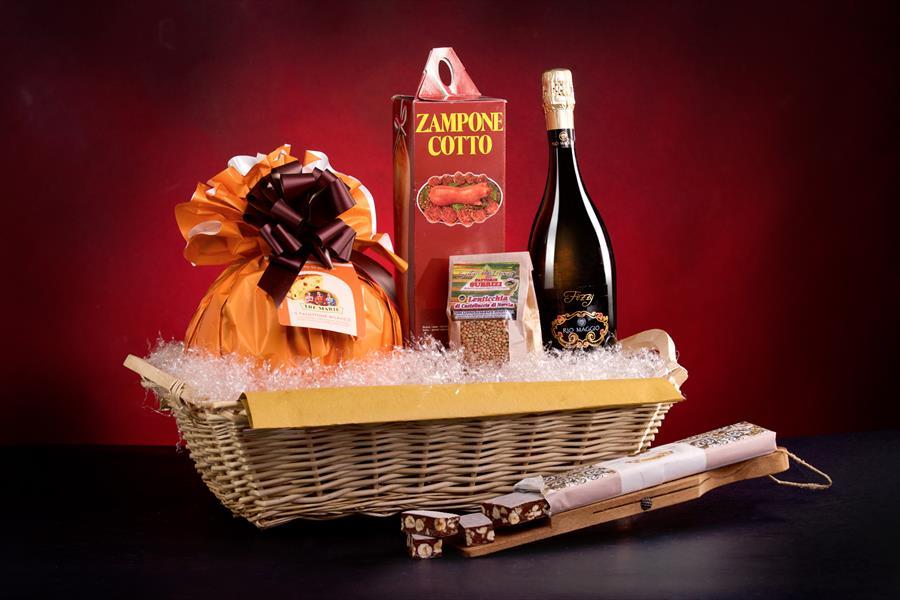 Confezione regalo Natale prodotti tipici Castelletto